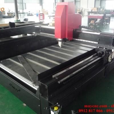 Máy CNC khắc đá hàng thực tế có sẵn tại công ty