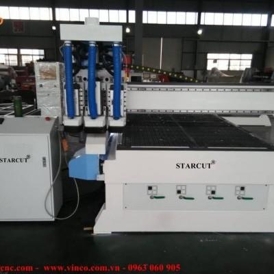 Máy CNC lắp cho khách hàng tại Đê La Thành Hà Nội