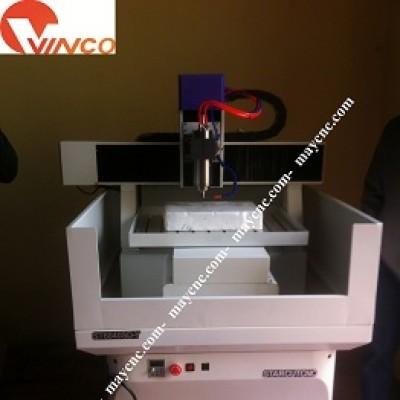Máy CNC Mini cắt khắc đồng và kim loại